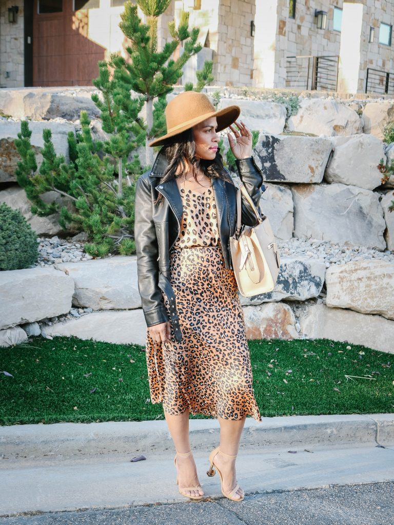 What To Wear With A Leopard Print Skirt