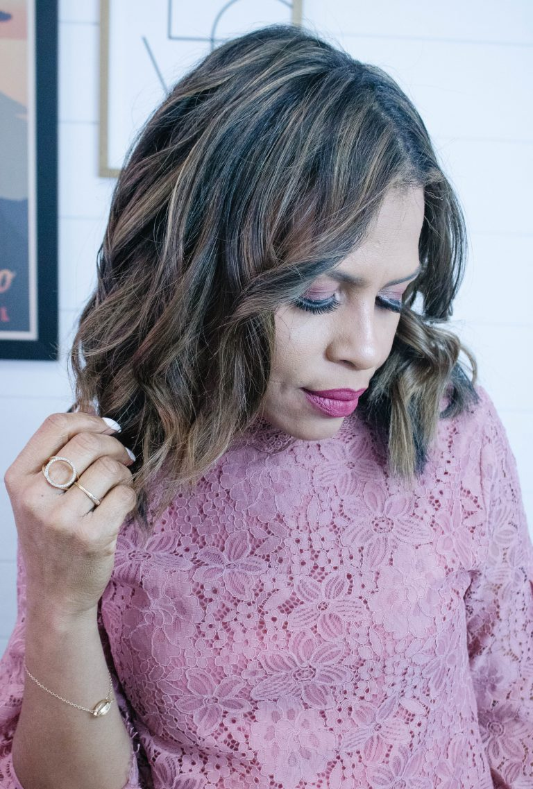 How To Create A Wavy Hairstyle With A Curling Iron